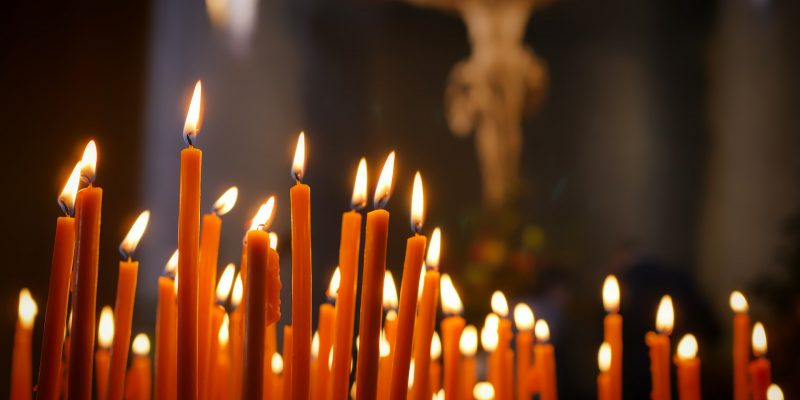 candles-2903063_1920
